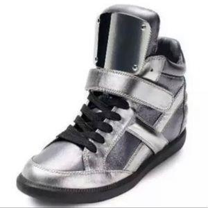 .NEW$525 Monika Chiang designer ares sneaker Italy